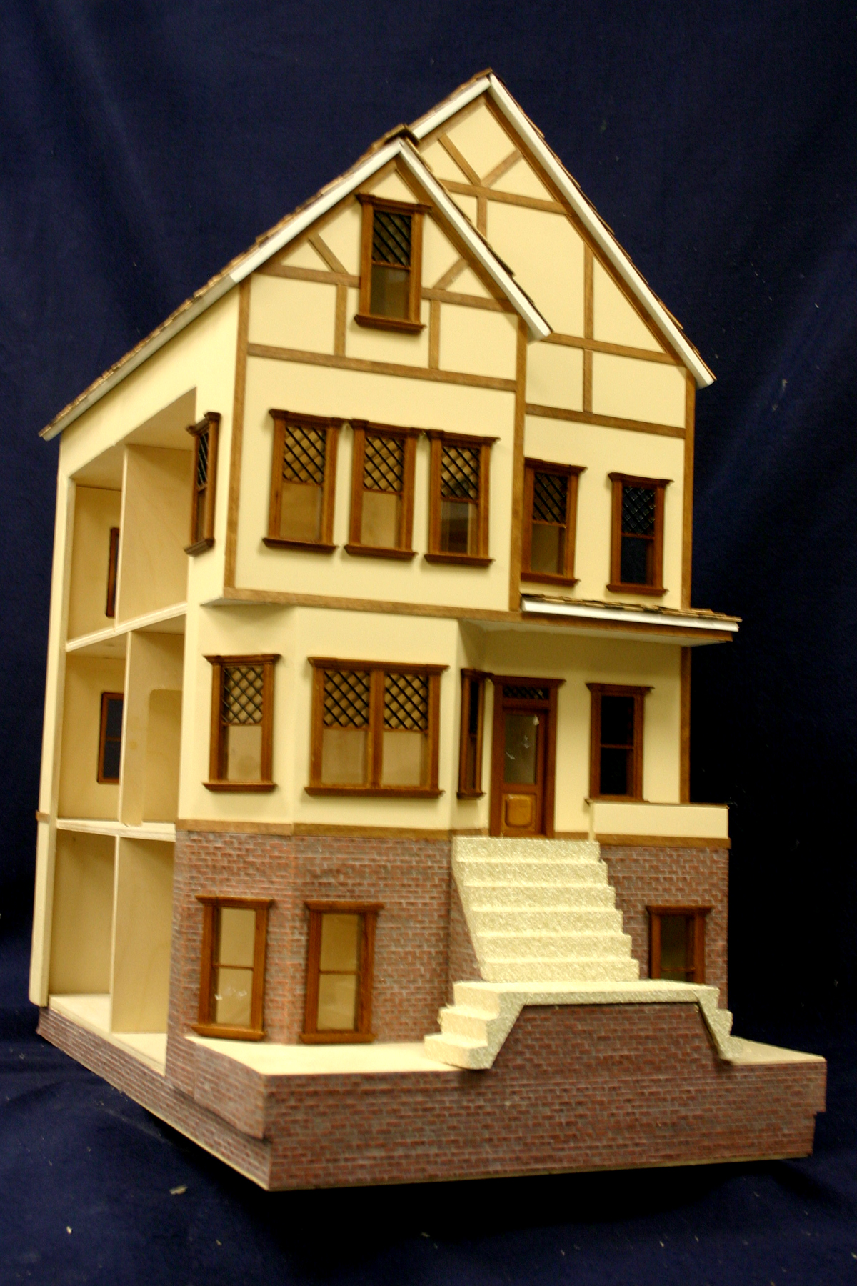 Half Scale Brookhaven Manor